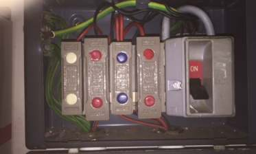 old fashioned fuse box